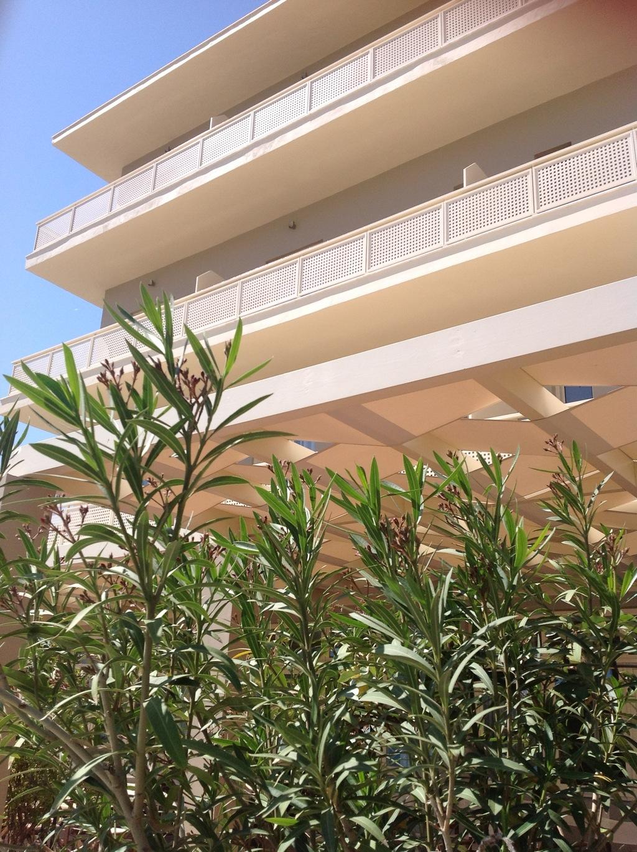 Πρόσοψη ξενοδοχείοι ΚΑΡΘΑΙΑ